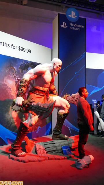 """PlayStation Experience 2015""会場の模様を紹介! 試遊や写真撮影、買い物などを1日中楽しめる【PSX2015】_07"